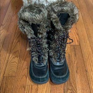 Aldo snow boots brown US6